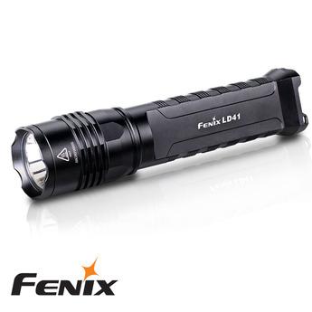 FENIX FICKLAMPA LD41 960 LUMEN