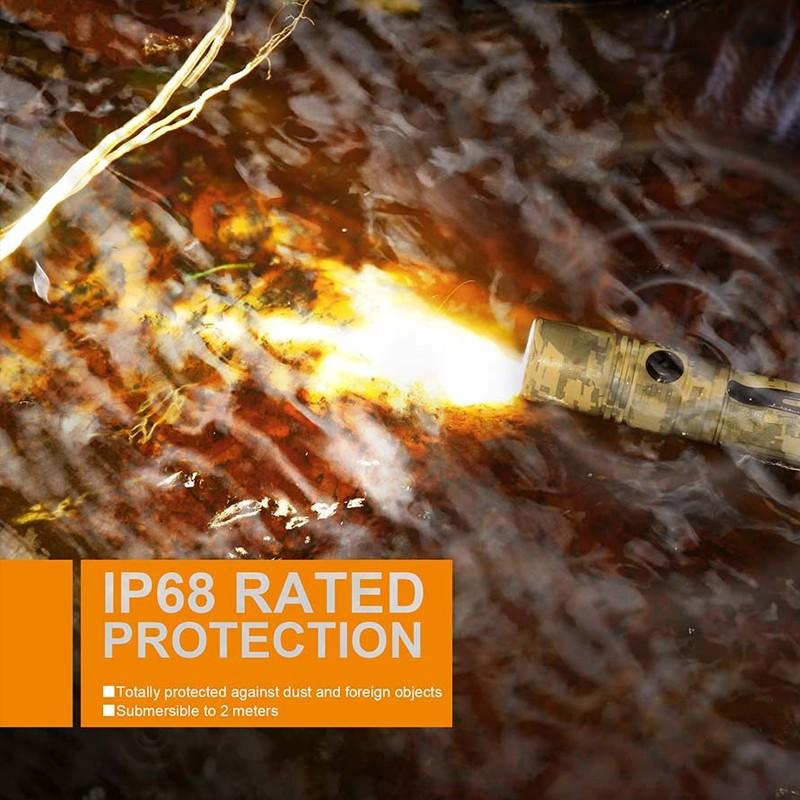 LED Ficklampa FENIX PD35 Kamouflerad och mångsidig lampa